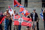 Crni Panteri pretukli nacistu (Video)