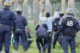 Francuska policija: Levičari podstiču izbeglice na nasilje
