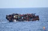Snimak prevrtanja brodića sa izbeglicama u Mediteranu! (VIDEO)
