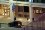 Momenat kada je ubijen pripadnik policije u Dalasu! (VIDEO)
