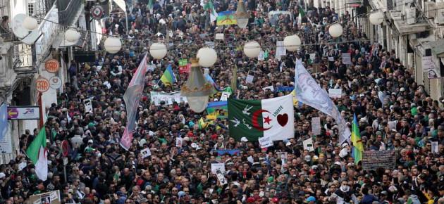 Protesti u Alžiru protiv Francuske i vladajućeg režima