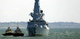 Rusija pucala na britanski razarač u Crnom moru