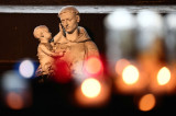 U Francuskoj zlostavljano više od 300.000 dece u katoličkim crkvama