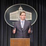 Vučić: Atmosfera u Srbiji da se vratimo u komunizam