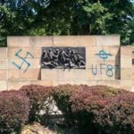 Nacistički grafiti u spomen parku Jajinci