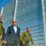 """Netanijahu: Sagradićemo zid oko celog Izraela, zbog """"divljih zveri"""""""