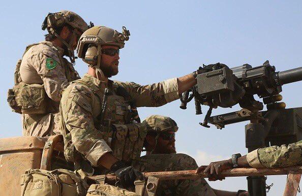U.S.-troops-with-Kurdish-badges