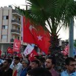"""Erdoganovi simpatizeri skandiraju """"Smrt Americi"""" ispred NATO baze! (VIDEO)"""