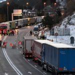 Francuski vozači i sindikati blokirali puteve zbog istočnoevropske konkurencije!
