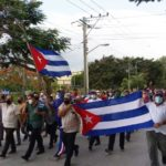 Nakon antivladinih protesta, narod Kube masovno na ulicama brani vladu i revoluciju