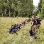 Letonija ovlastila graničare da pucaju na migranate koji dolaze preko Belorusije